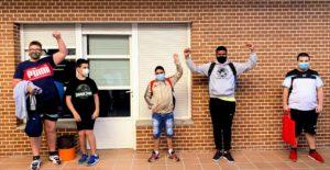 Alumnos del CEE de la FISJ vuelven al colegio