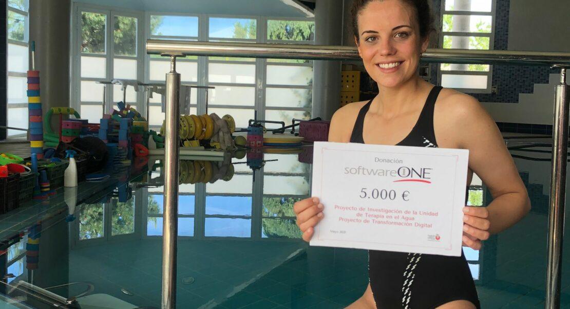 Marta Huguet, fisioterapeuta de la Unidad de Terapia en el Agua de la FISJ